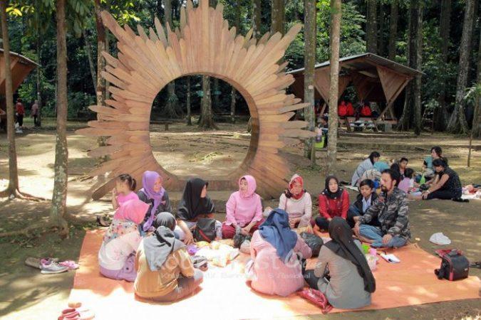 Panitia Perpisahan SMPN 14 Kota Bogor, Cucurak di Situ Gede