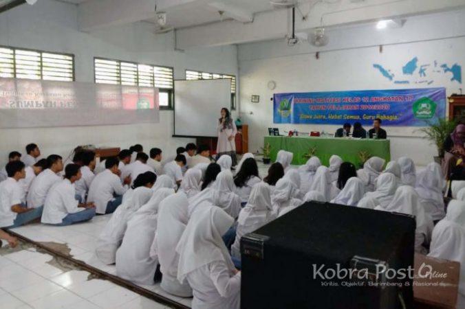 SMA Negeri 10 Kota Bogor Gelar Training Motivasi