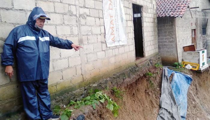 Longsor di Desa Curug Bitung Kecamatan Nanggung