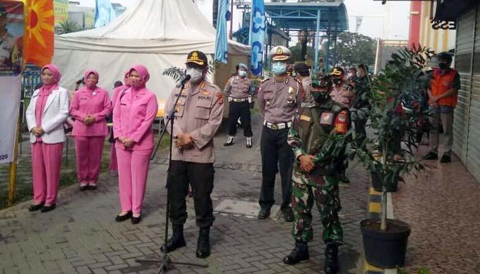 Polres Metro Bekasi Lakukan Rapid Tes di Kawasan Pasar